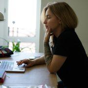 Romance Scammer - sie nehmen im Web Kontakt auf